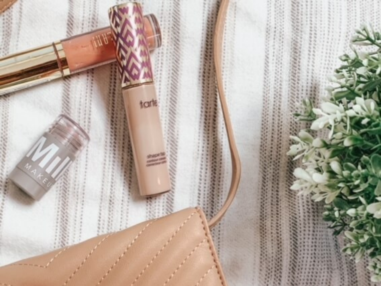 beauty-must-haves-for-every-girl